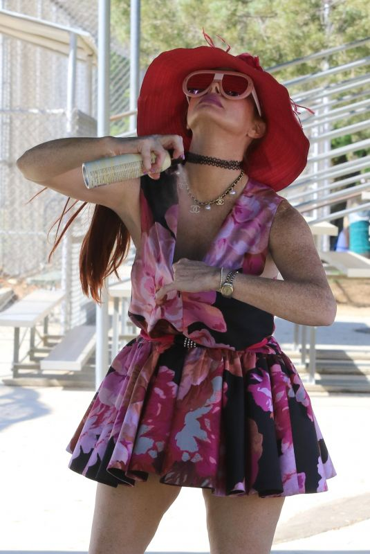 Phoebe Price Smiles and poses for the cameras during a cheeky outing at a park in Los Angeles