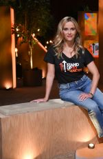 Reese Witherspoon Participating in the Stand Up To Cancer telecast in Los Angeles