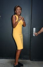 Robin Roberts Is full of surprise and energy on the set of ABC Studios in New York