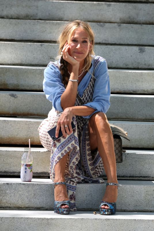 """Sarah Jessica Parker Pictured sharing a smile at the """"And Just Like That"""" set in Uptown, Manhattan"""