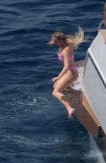 Sydney Sweeney With her boyfriend Jonathan Davino out on her romantic holiday in Capri