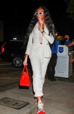 Winnie Harlow Arrives for a late dinner at celebrity hotspot Craig