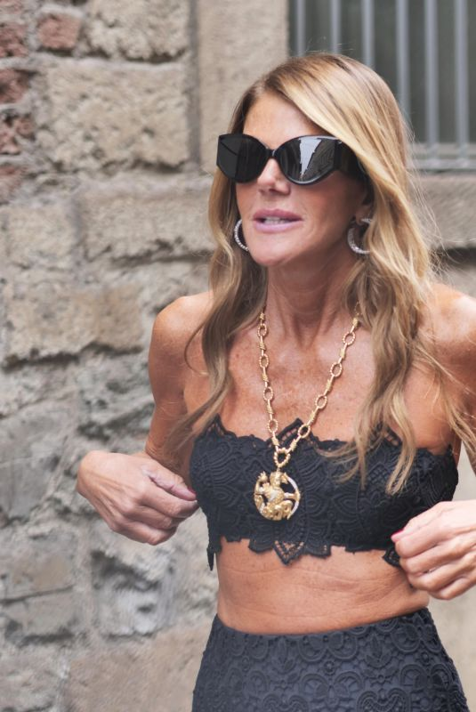 Anna Dello Russo Seen at the Ermanno Scervino fashion show during Milan Fashion Week Women