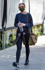 Ashlee Simpson Heads to the gym in all-dark sporty ensemble in Studio City