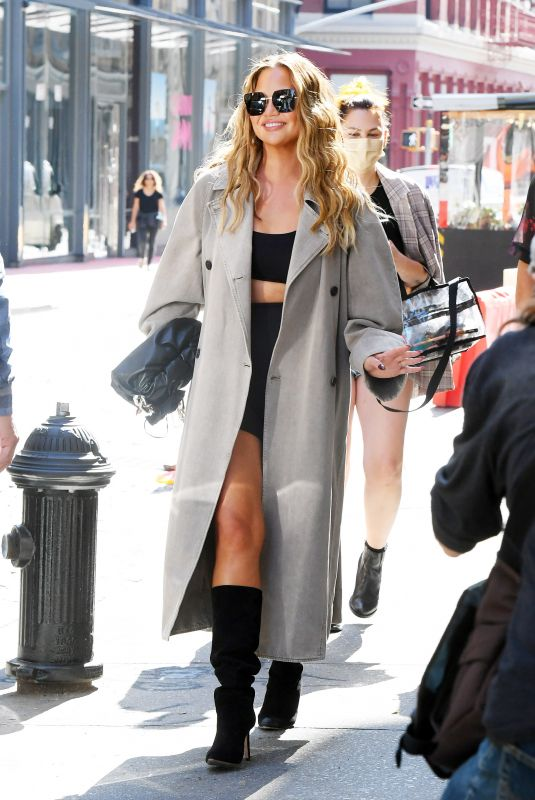 Chrissy Teigen and John Legend are Pictured Shopping in SoHo in New York City