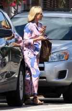 Diane Kruger Steps out to run some errands in East Greenwich, Rhode Island