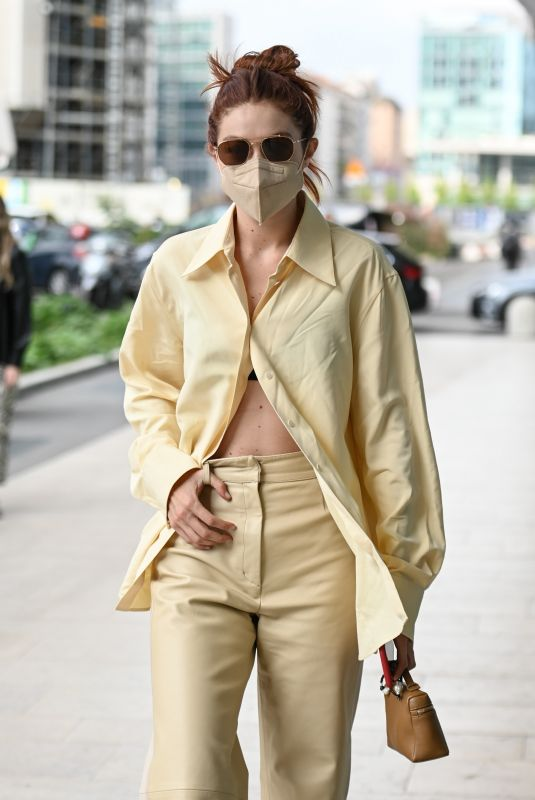 Gigi Hadid Arriving at the Versace SS22 Fashion show in Milan