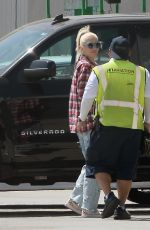 Gwen Stefani Spotted arriving in Los Angeles via Private Jet