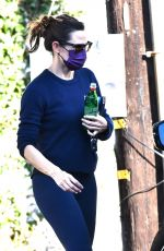 Jennifer Garner Goes out with her daughter Seraphina for lunch in Brentwood