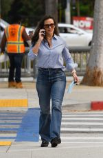Jennifer Garner Takes her son Samuel to his swimming lessons in Pacific Palisades