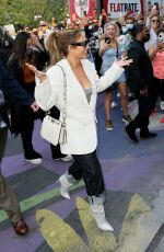 Jennifer Lopez Arrives at her DSW event in Union Square, New York City