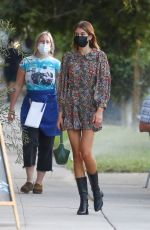 Kaia Gerber Enjoys dinner with friends in Silverlake