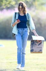 Kaia Gerber Spotted heading to Erewhon Market in Los Angeles