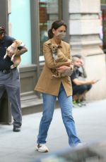 Katie Holmes Heads out of town with her dogs in New York