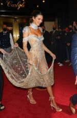Kendall Jenner Stuns while leaving for the Met Gala in New York