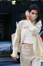 Kendall Jenner Wears her neutral colors as she heads out for a guest appearance on The Tonight Show Starring Jimmy Fallon in New York