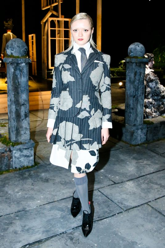 Maisie Williams Attends Thom Browne fashion show in New York