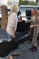Paris Jackson Stops to pose for selfies with a group of fans as she arrives at Hotel Cafe live music bar in Los Angeles
