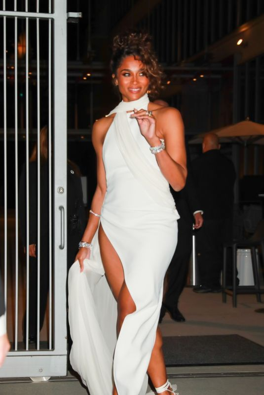 Ciara Looks stunning in all white as she attends the 2021 Woman in Hollywood Event in Los Angeles