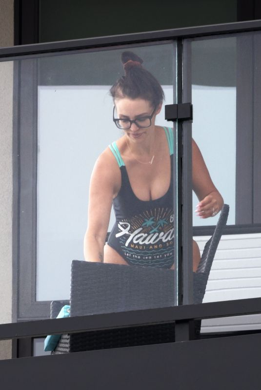 Scheana Shay Gets into her swimsuit for an ice bath on her balcony in LA