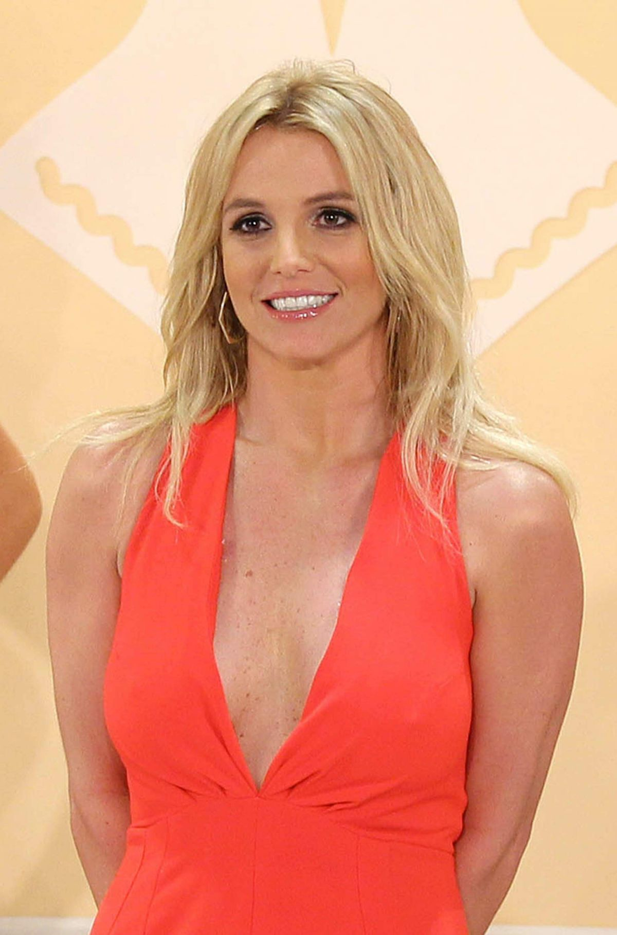 britney-spears-unveils-new-collection-th
