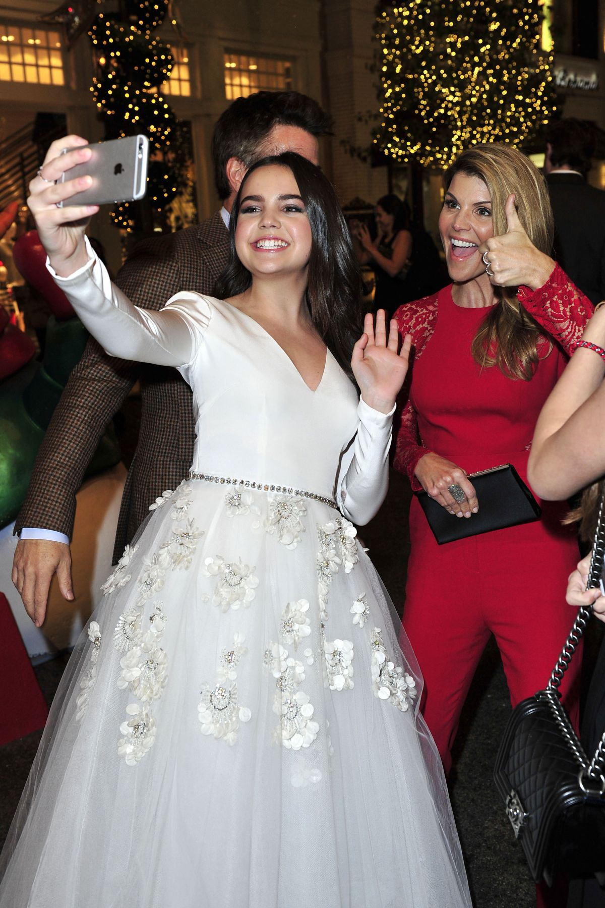 Bailee Madison At \'Northpole – Open For Christmas\' Screening - Celebzz