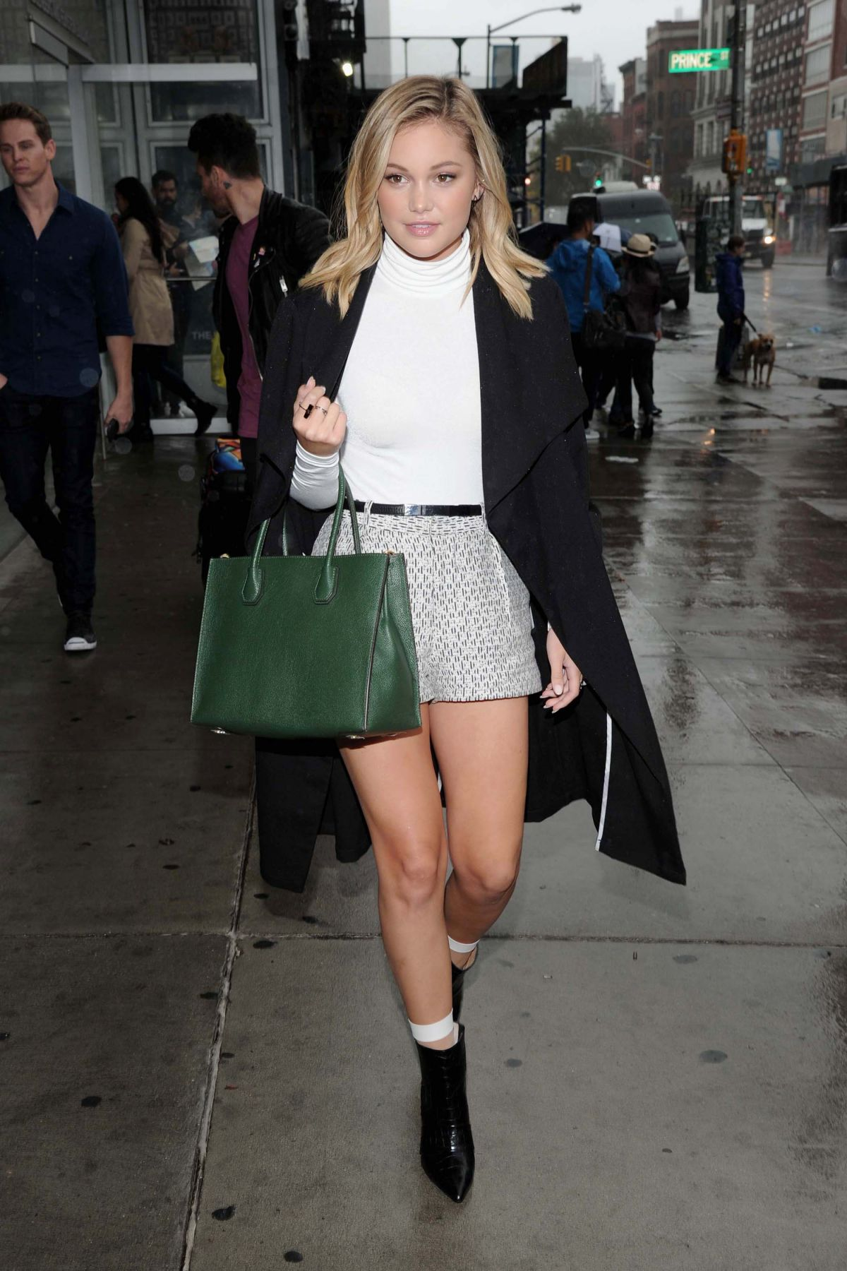 Fotos De Olivia Holt olivia holt at michael simon shoot in nyc - celebzz