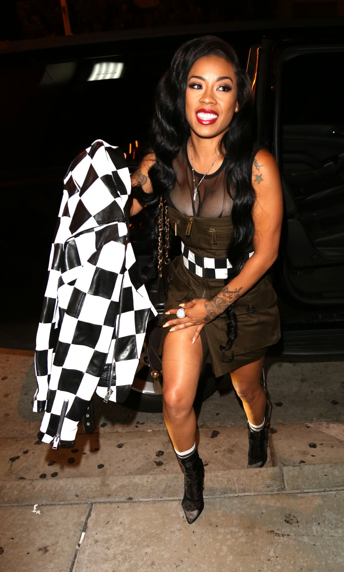 Keyshia Cole Spotted at Catch in Los Angeles - Celebzz