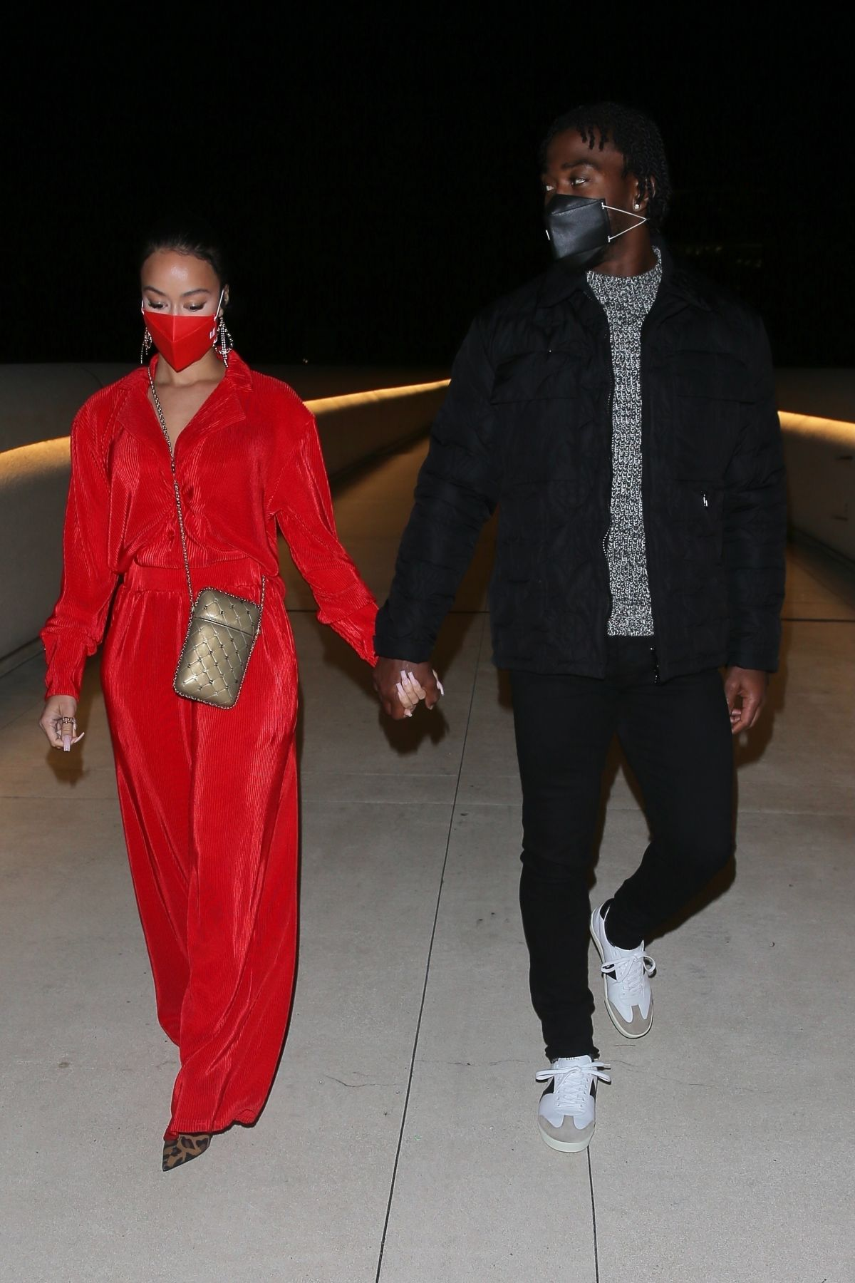 Draya Michele And boyfriend Tyrod Taylor pack on the PDA ...